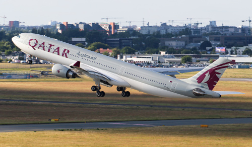 Z miastem w tle - Qatar Airways
