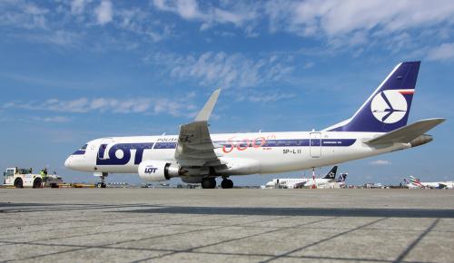 Embraer LOTu przygotowywany do odprawy