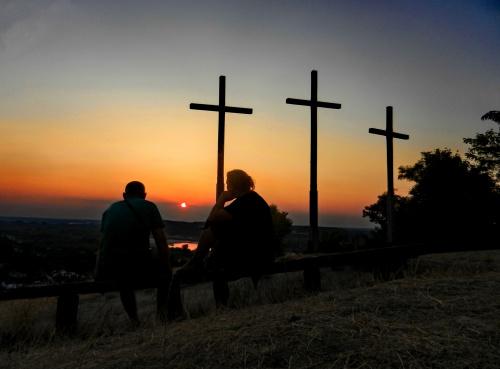 Wzgórze Trzech Krzyży górujące nad Kazimierzem Dolnym