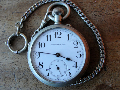 L'histoire des montres de chemins de fers - Page 7 1a0d90d9f03aa213med