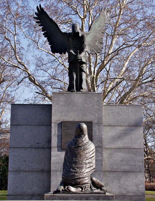 Pomnik Ofiar Zbrodni Katyńskiej