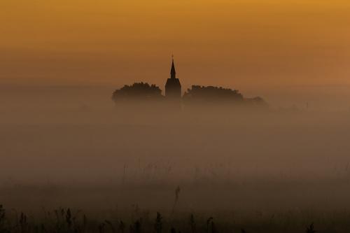 kościół o brzasku