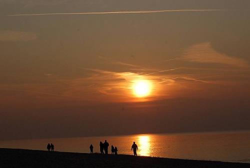Zachód słońca nad Bałtykiem_ Dąbki koło Koszalina