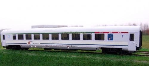 Wagon półbarowy PKP IC z kinematyką. Epoka V (VI) na wzór wagonu typu 155A w skali H0. Konwersja z modelu ACME. H0 #BAR #PKPIC H0 #wagon