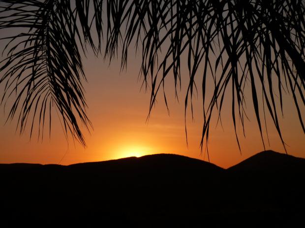 Zachód słońca w Opuwo