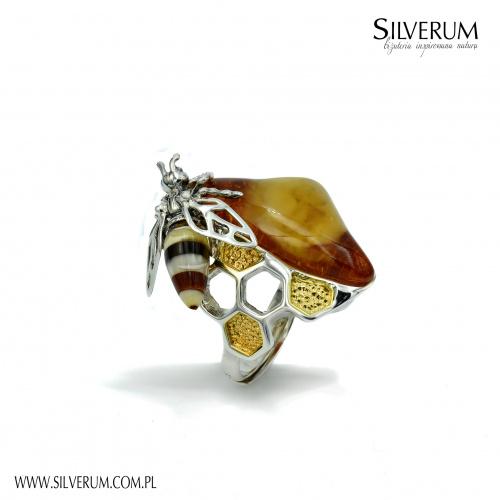 Bursztyn naturalny Oryginalny pierścionek - silverum.com.pl #pierścionek #pszczoła #plastrymiodu #oryginalny #nowoczesny #Autorskabiżuteria